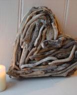 driftwood-heart-02