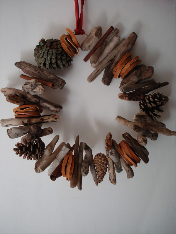 Driftwood Christmas Wreath with Pinecones - Eco Decorations
