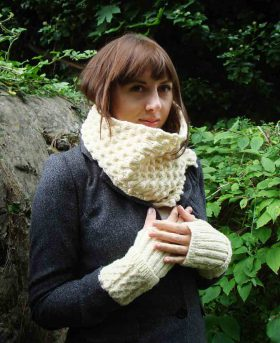 Organic Wool Wendy Keith Bramble Scarf White