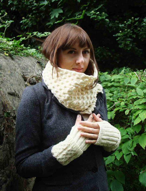 Organic Wool Wendy Keith Bramble Scarf White