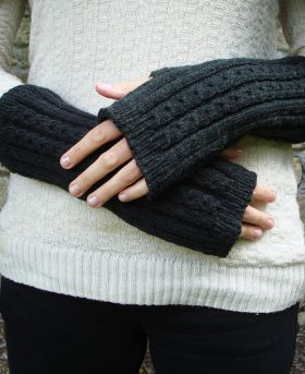 Organic Wool Wendy Keith Petite Cable Arm Warmers Black
