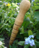 pole-turned-oak-garden-dibber03