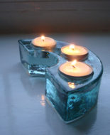 recycled-glass-curved-triple-tealight-holder-03