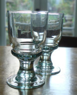 recycled_glass_goblet_01