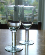 recycled_tulip_wineglass_01