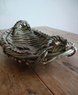 willow-basket-platter
